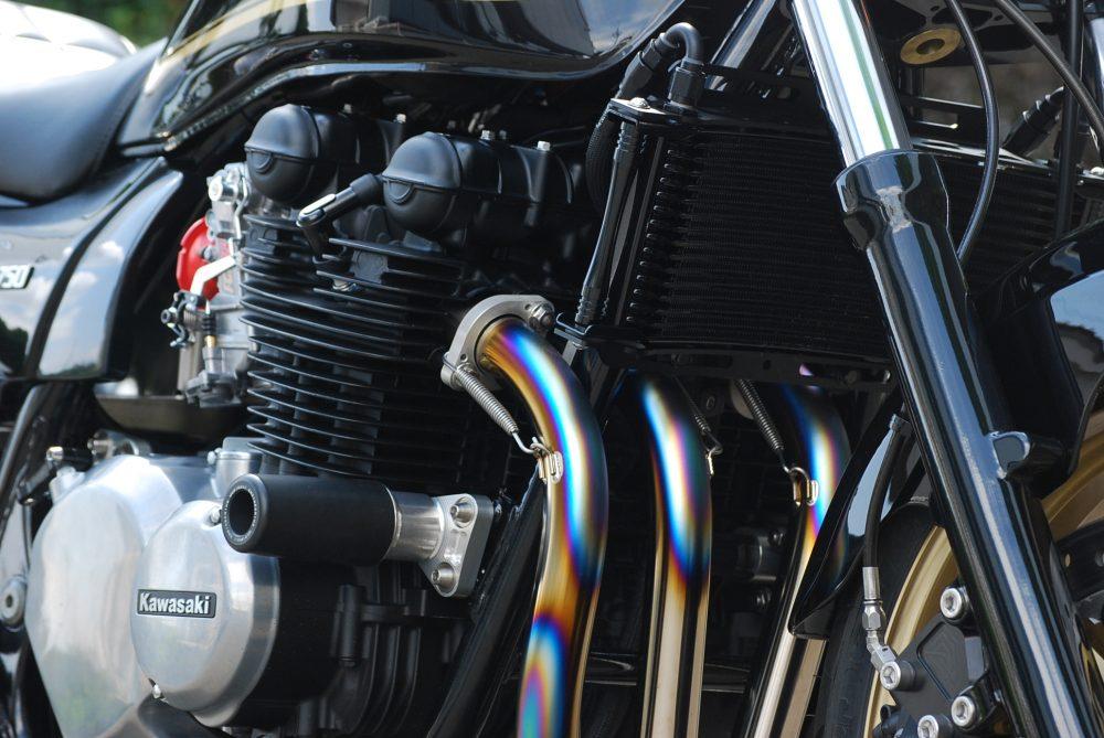 Bagus!ゼファー750オイルクーラー&強化エンジンマウント